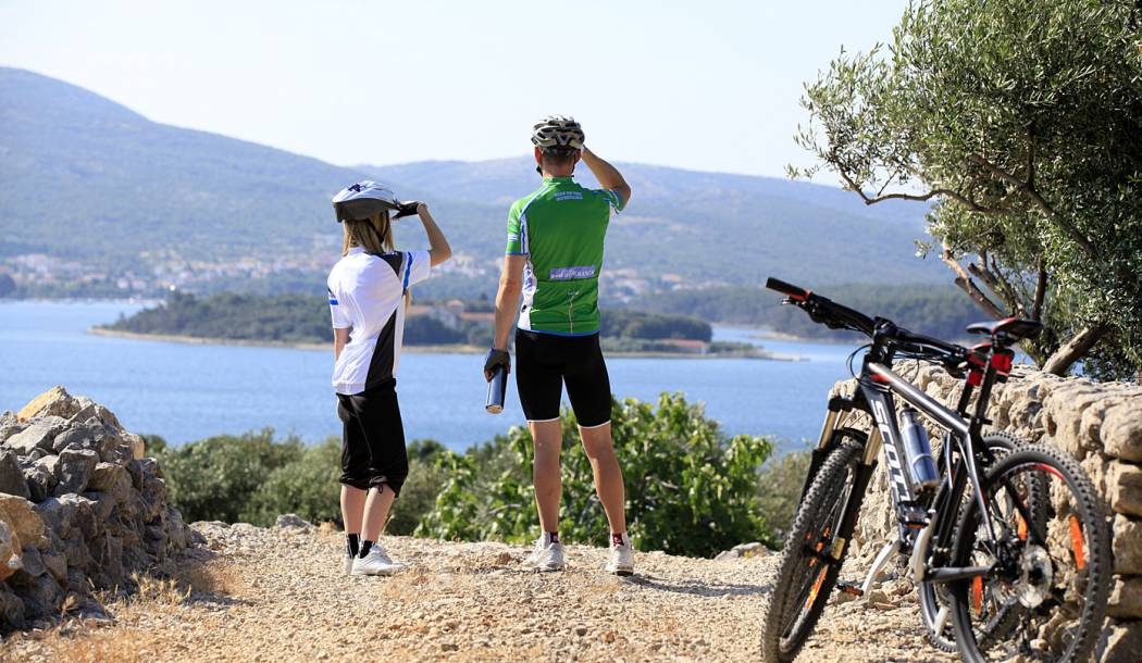 Attractive weekend on Krk with yoga and cycling for an active summer start
