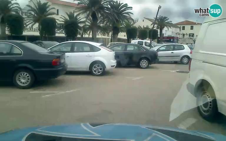 Automobil LCC