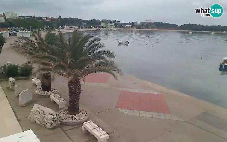Novalja, šetalište hrvatskih mornara i pogled na plažu Lokunje